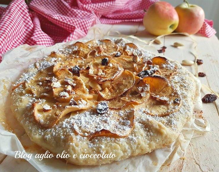 torta rustica mele e mandorle