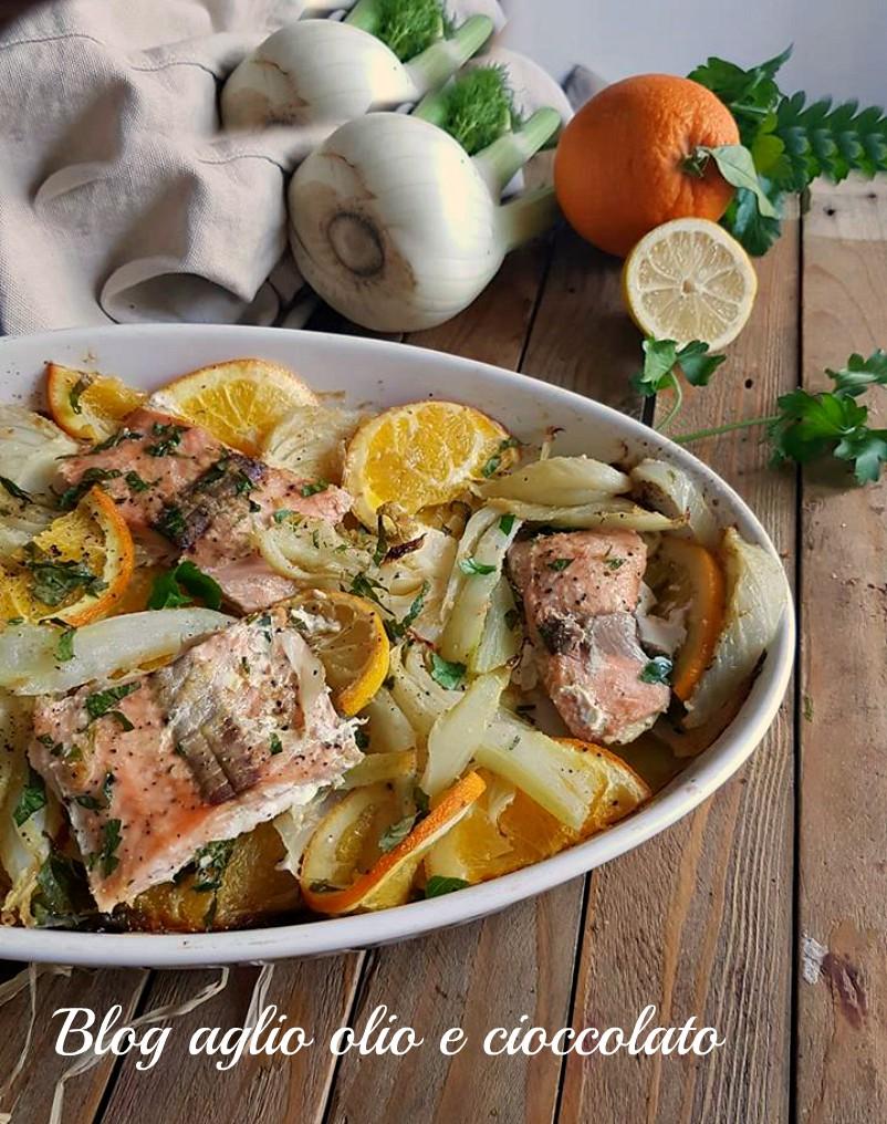 salmone al forno con agrumi e finocchi