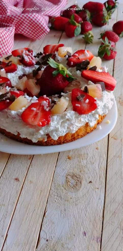 torta fredda con fragole