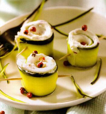 Rotolini di zucchine e  formaggio fresco