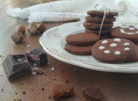 Biscotti al cioccolato e nocciola salati (solo un po')