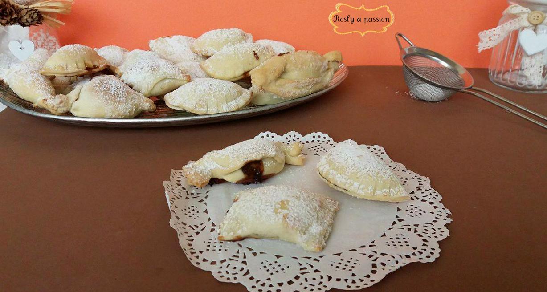 RAVIOLI DOLCI (panzerottini e caramelle) AL FORNO CON MARMELLATA