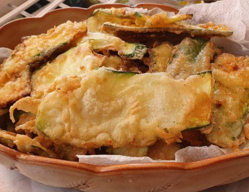Zucchine fritte croccanti con pastella (ricetta perfetta)