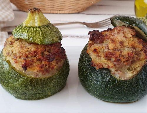 Zucchine tonde ripiene con carne macinata