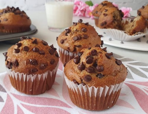 Banana bread muffin