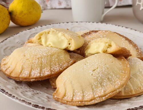 Ravioli di frolla con crema al limone
