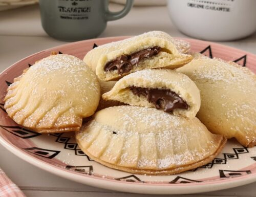 Biscotti ravioli ripieni di nutella