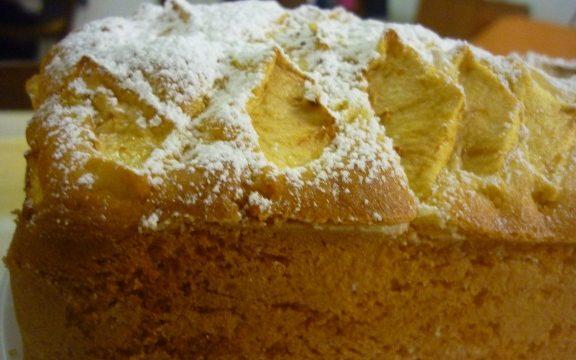 Plum cake soffice soffice con mele