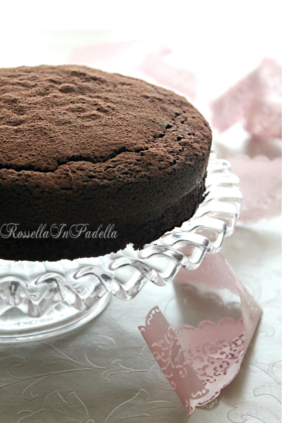 torta morbida al cioccolatoLUNGA