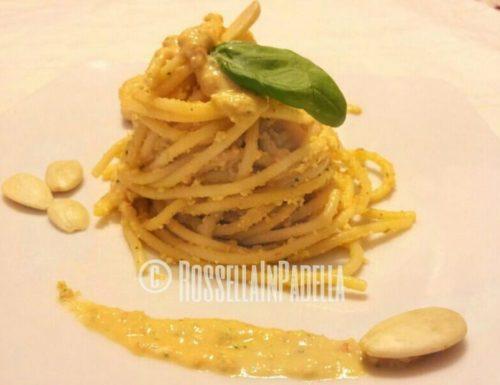 Spaghetti con pesto Siciliano
