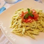 Trofie al pesto di zucchine e pomodorini