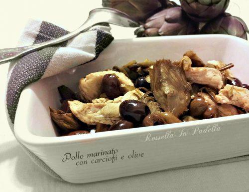 Pollo marinato con carciofi e olive