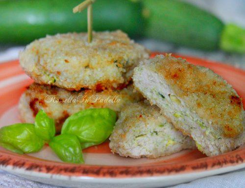 Crocchette di pollo e zucchine cotte al forno