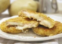 Medaglioni di patate con tonno e mozzarella