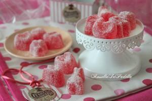 Caramelle gommose alla frutta, ricetta facilissima