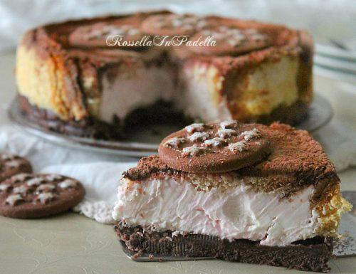 Cheesecake con pan di stelle e pandoro