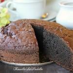 Torta all'acqua al cioccolato e caffè, senza burro nè uova
