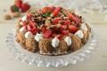 Torta Amaricotta, amaretti ricotta fragole e panna