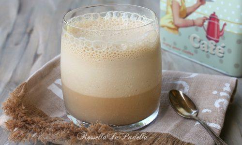Spuma di caffè ghiacciata, ricetta rapida