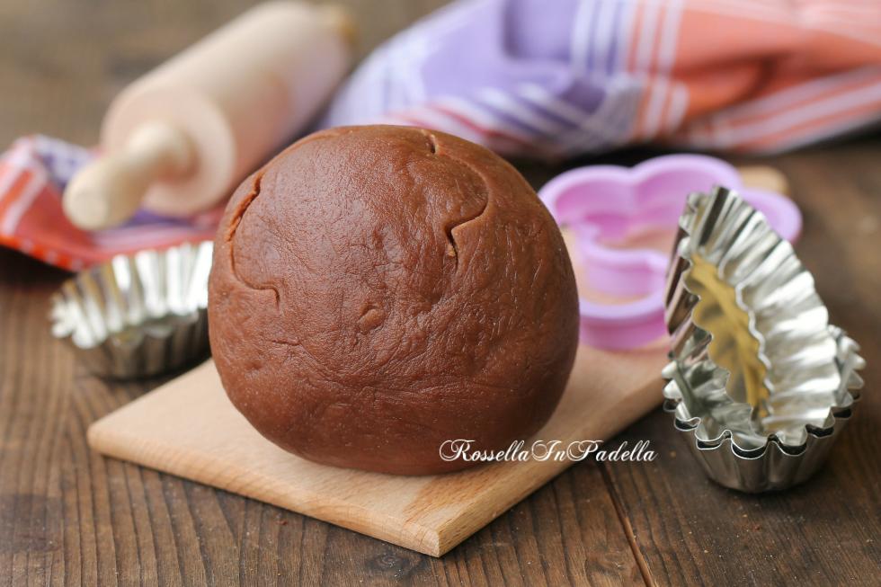 Pasta frolla alla nutella con albume montato