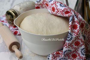 Impasto per pizza a lievitazione naturale, ricetta pizza con lievito madre