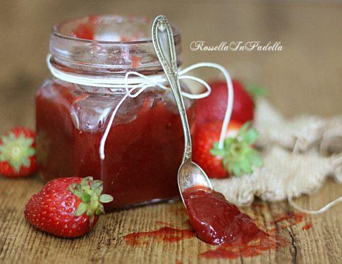 Confettura di fragole, ricetta con le fragole