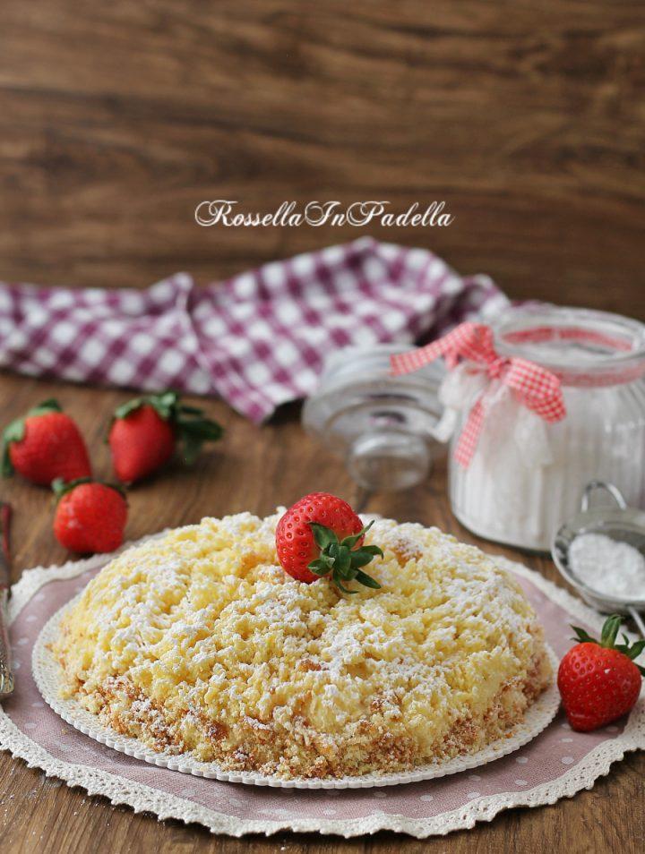 Torta mimosa alle fragole, ricetta facile e veloce