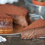 Torta cremosa cioccolato e amaretti