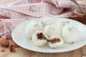 Pasticcini al cocco con nutella, ricetta senza cottura