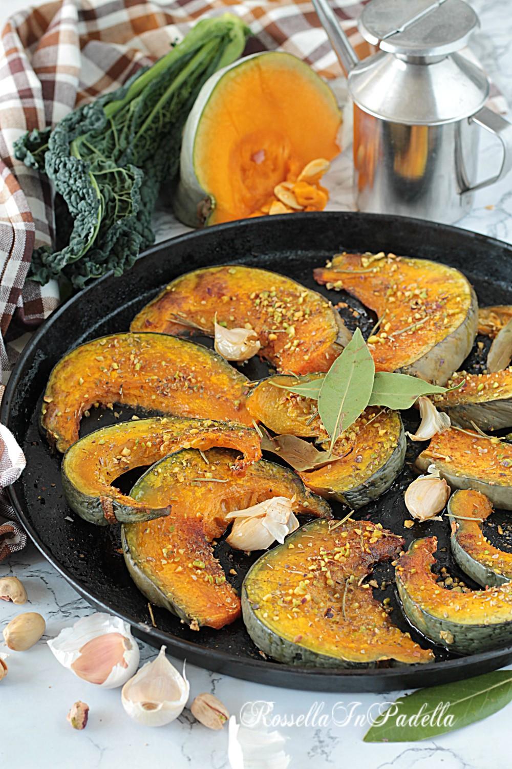 Zucca al forno con pistacchi