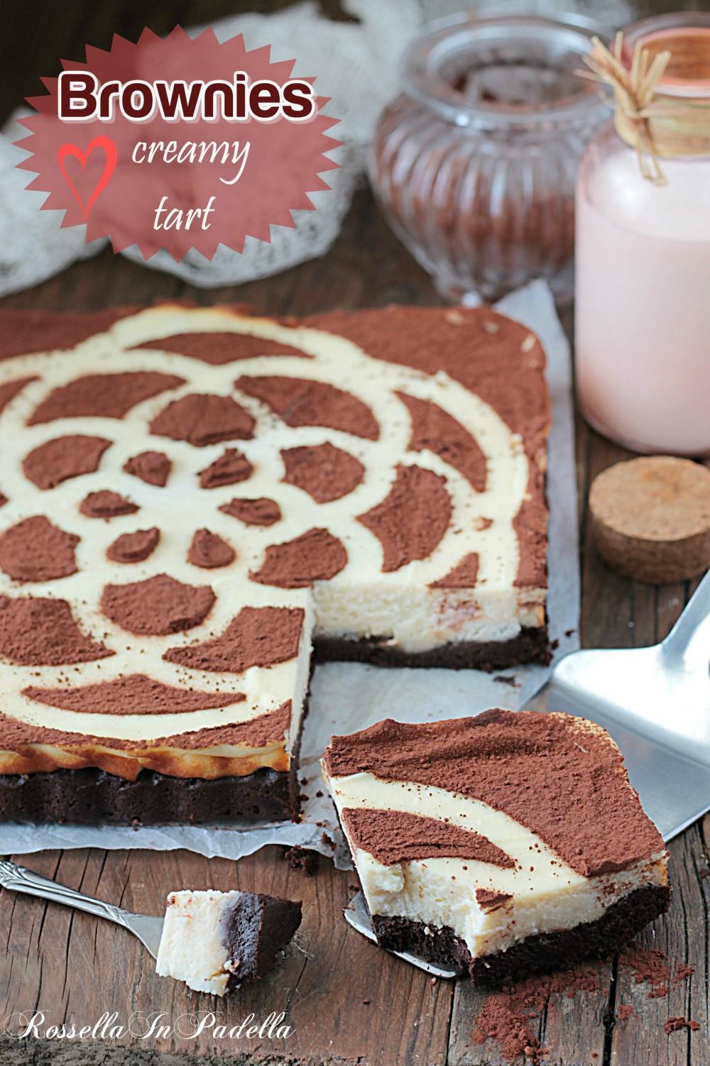 Torta Brownie Cremosa Base Al Cioccolato E Con Crema Di Ricotta Sopra