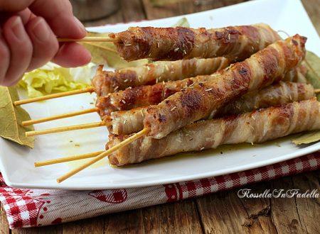 Arrosticini di salsiccia e bacon