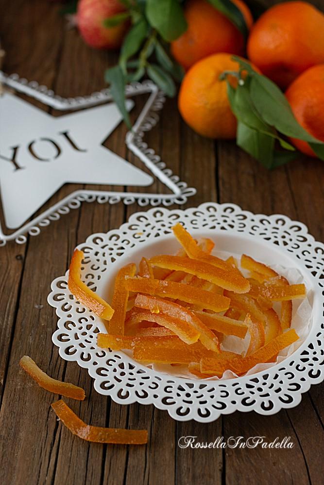 Scorze d'arancia candite, la ricetta facile per riutilizzare le bucce d'arancia