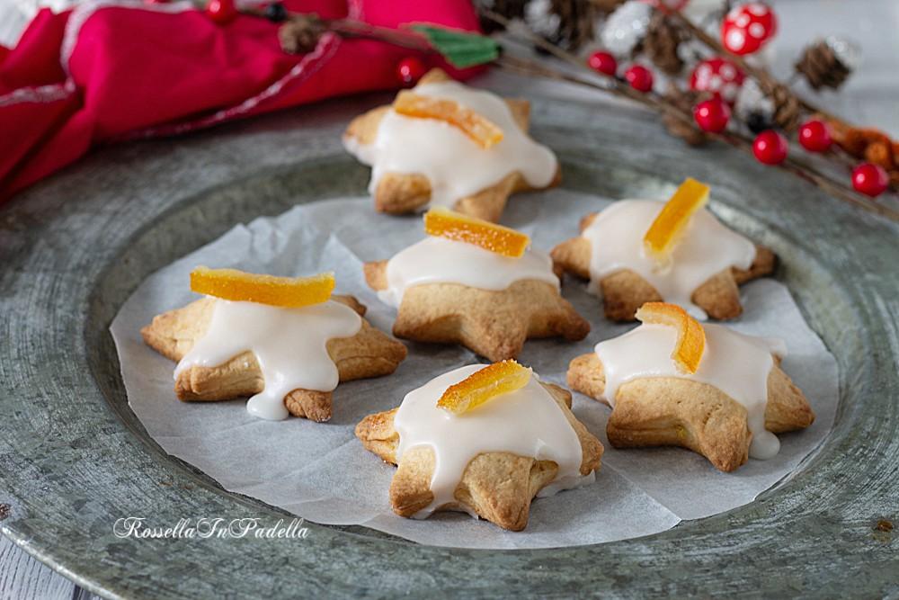 Biscotti stelline con marmellata e glassa veloce
