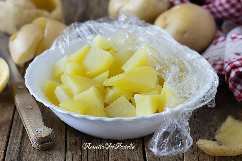 come lessare le patate in 3 minuti