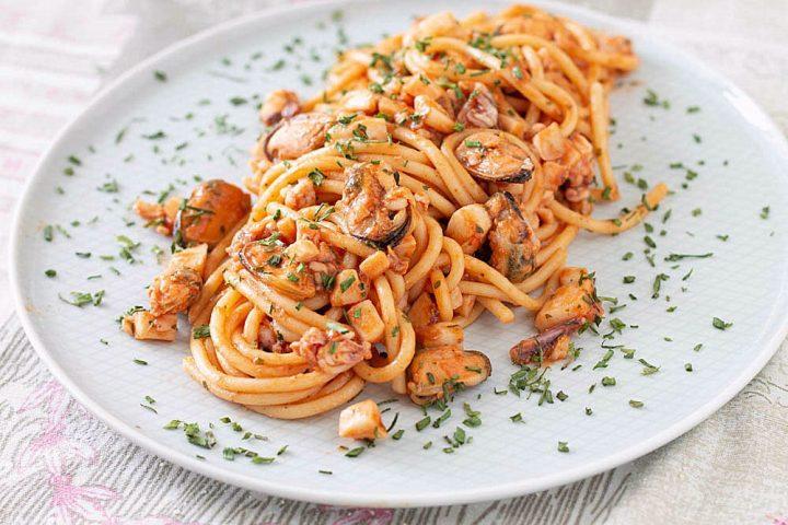 Ricetta Spaghetti con le cozze e calamari
