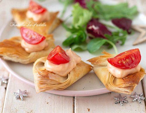 ANTIPASTO letterine con salsa rosa e pomodorini