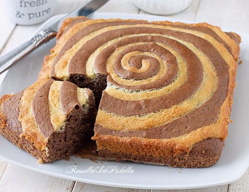 Torta SPIRALE al cacao e mandorle