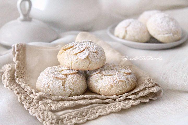 Biscotti alle mandorle MONACHELLE
