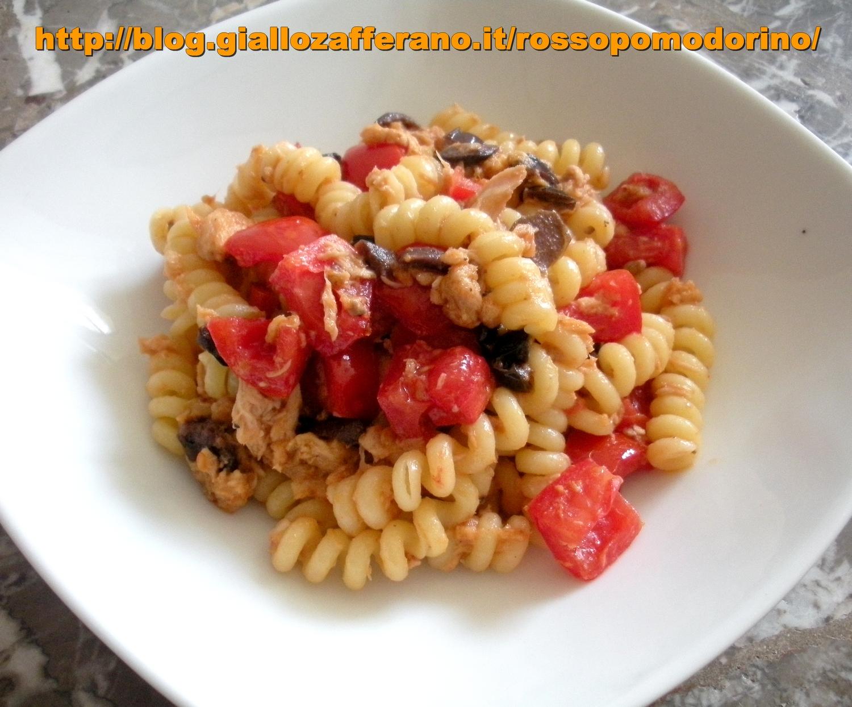 Super ALE'S KITCHEN- ROSSOPOMODORINO | Pasta fredda con tonno, olive e  HW15