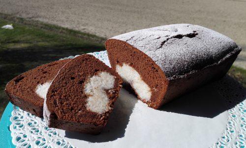Torta al cioccolato con farcitura al cocco | Ricetta dolce