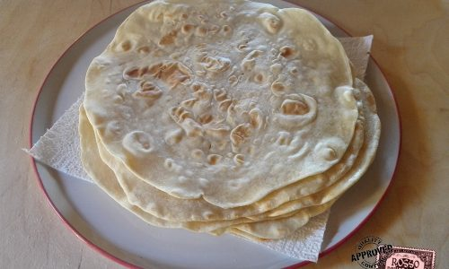 Piadina sottile senza strutto | Ricetta romagnola