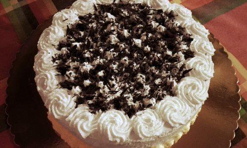 Torta panna e nutella | Ricetta dolce di compleanno