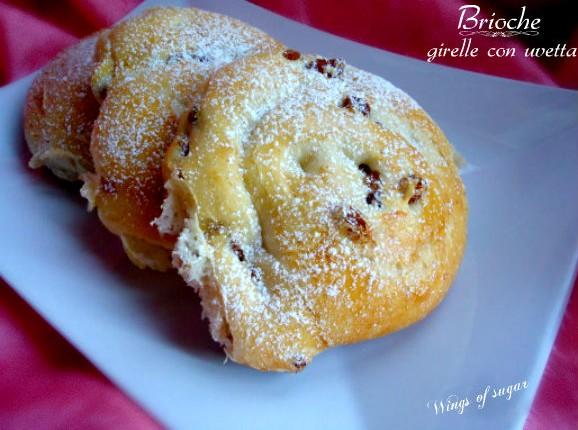 girelle broche con uvetta- wings of sugar blog