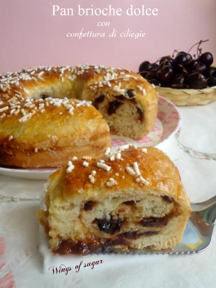 Pan brioche dolce farcito con confettura di ciliegie
