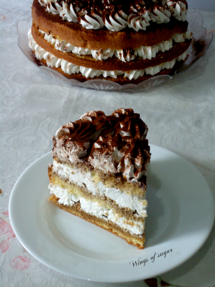 Torta semplice pan di spagna e crema chantilly -wings of sugar blog -