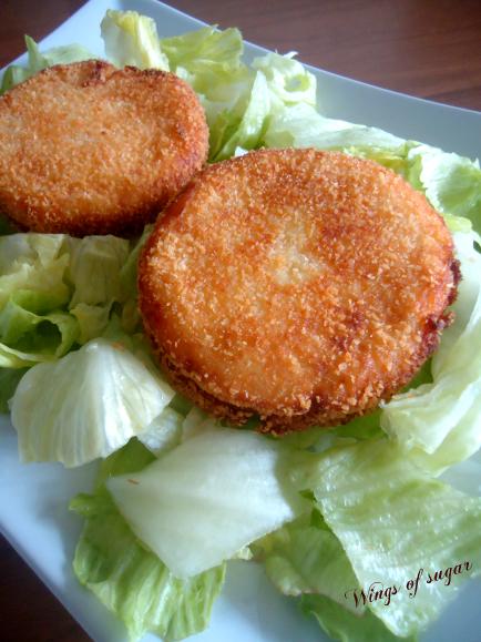 medaglioni di patate speck e mozzarella ricetta- wings of sugar blog