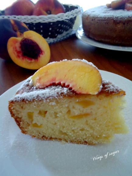 Torta alle pesche fresche e yogurt - wings of sugar blog -