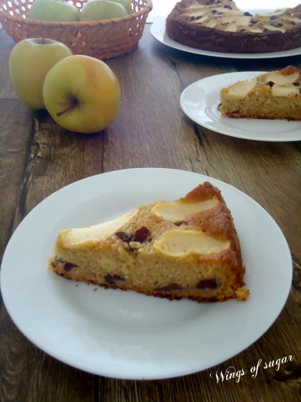 torta di mele e mirtilli rossi soffice eumida ricetta - wings of sugar blog