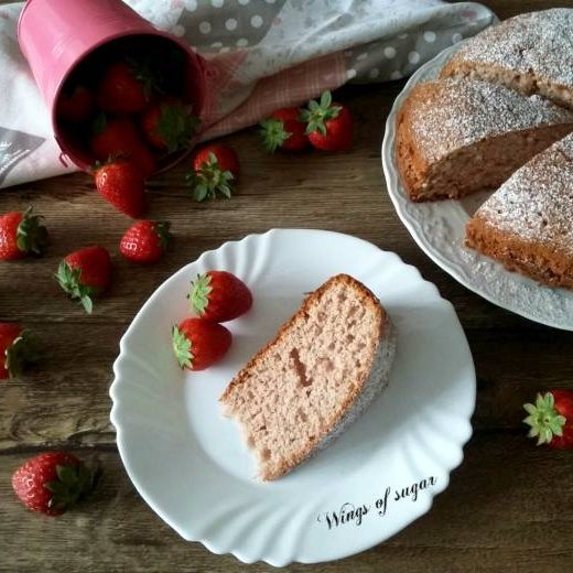 Torta alle fragole morbidissima ; wings of sugar blog